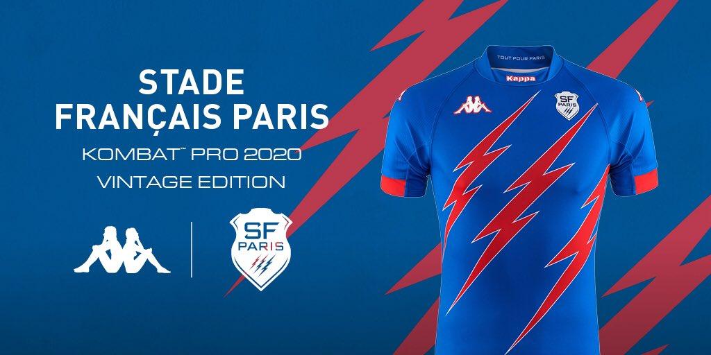 Stade Francais viste una camiseta anterior contra el Toulouse