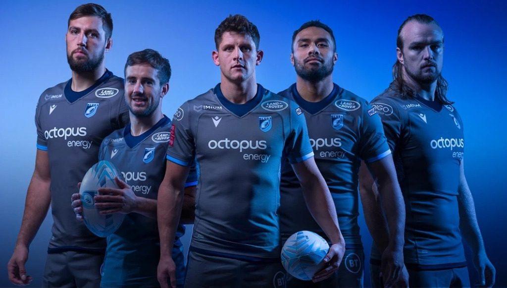 Cardiff Bruce presenta la camiseta europea 2019/20